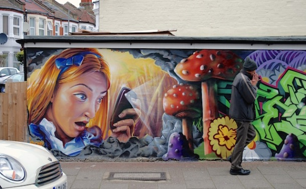 OMG Alice - Street Art